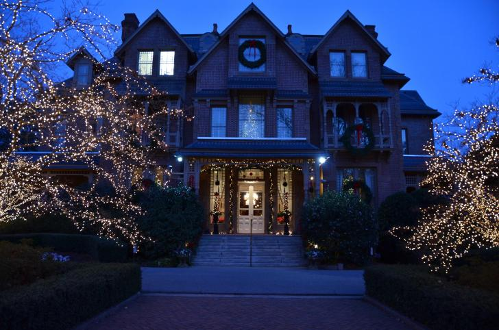 Christmas at the governor's mansion