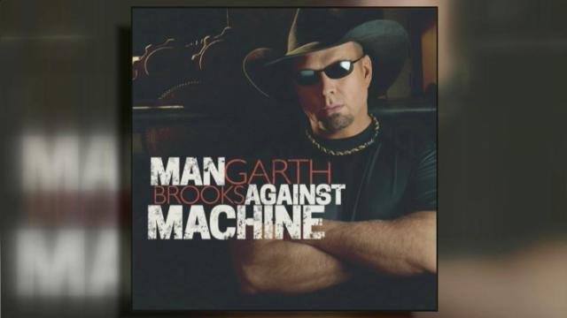 Garth Brooks has new album, tour