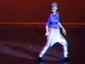 Ryan Gosling in 1992 dance competition