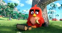 "Red (Jason Sudeikis) enjoys lunch alone in the park in ""Angry Birds."" (Deseret Photo)"