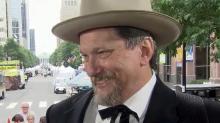 Bluegrass guitarist Jerry Douglas