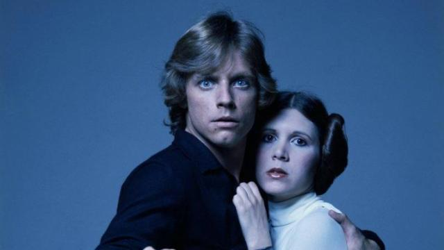 """Mark Hamill and Carrie Fisher pose for a publicity shot for the 1977 film """"Star Wars."""" (Deseret Photo)"""
