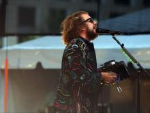 My Morning Jacket warms crowd at Red Hat Amphitheater
