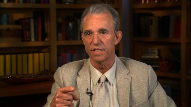 """Jay Thomas, a comic and character actor whose credits include roles on """"Cheers"""" and """"Murphy Brown,"""" has died on August 24, 2017. Thomas is seen here speaking to CNN on March 31, 2015."""