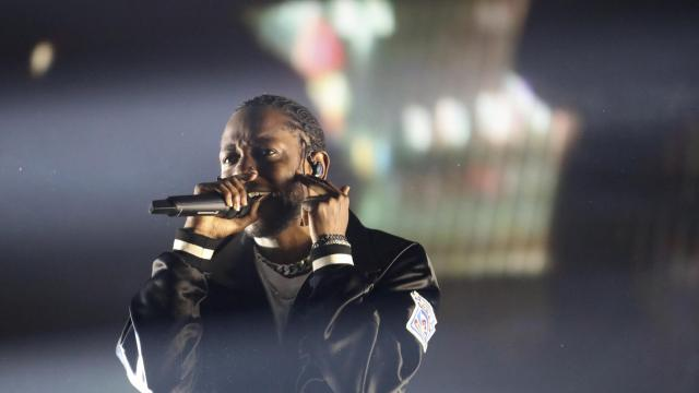 """FILE -- Kendrick Lamar performs at the Gila River Arena in Phoenix, Ariz., July 12, 2017. The Weeknd and Kendrick Lamar join forces for the track """"Pray for Me"""" in the new movie """"Black Panther."""" (Caitlin O'Hara/The New York Times)"""