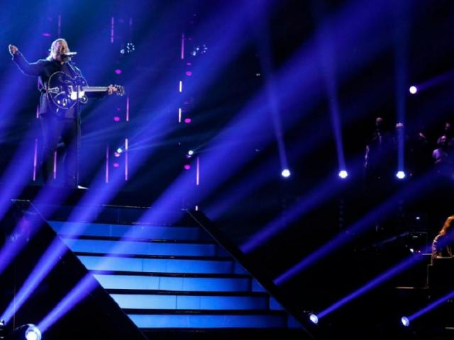 The top 13 artists preformed live to maintain their spot on the show. <br/>Web Editor: Yesenia Jones