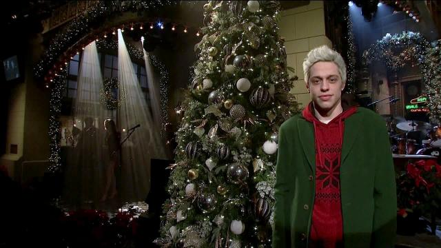 Pete Davidson makes brief appearance on 'SNL' after troubling Instagram post