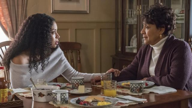 "Tuesday night's episode of ""This Is Us"" gave us a break from the Pearsons (I didn't hate it, tbh) and (finally) focused on Beth's past."