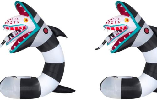 You Can Put A Giant Inflatable Sandworm From Beetlejuice In Your Front Yard This Halloween Wral Com