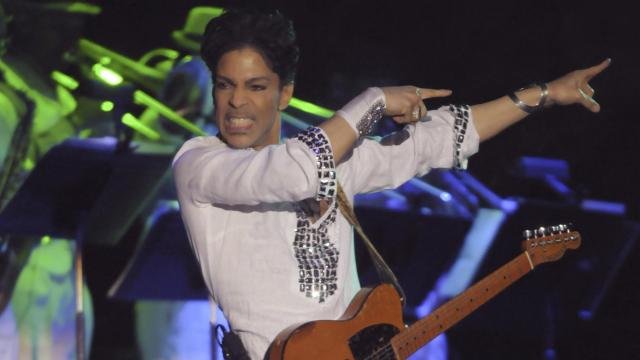 FILE — Prince performs at the Coachella Valley Music and Arts Festival in Indio, Calif., April 27, 2008. (Axel Koester/The New York Times)