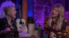 IMAGE: Kelly Clarkson And Cyndi Lauper Sang 'True Colors' Together And It Was Amazing