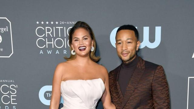 John Legend forgot to tell Chrissy Teigen he invited his fellow 'The Voice' coaches over for a finale dinner