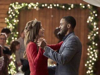 Hallmark Released Its Countdown To Christmas Holiday Movie Schedule Wral Com