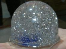 Snow globe spreads Christmas love across the world