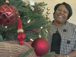 The White House is aglow with the vivid colors of the holiday season and a Raleigh woman was among the decorators from 35 states who helped create the holiday display.