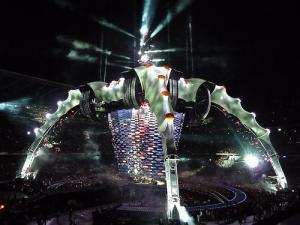 U2 360 degree stage