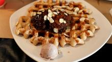IMAGE: Dame's Chicken & Waffles