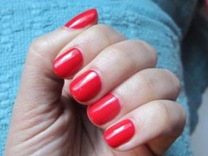 Shellac Nails image from glamour.com
