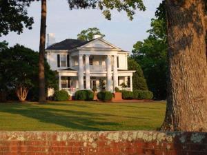 The Hudson Manor