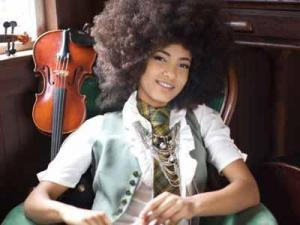 Esperanza Spalding (Photo by Sandrine Lee)