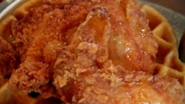 Beasley's Chicken & Honey: Chicken & waffles
