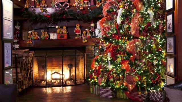 The Angus Barn during the holidays. (Image from The Angus Barn)