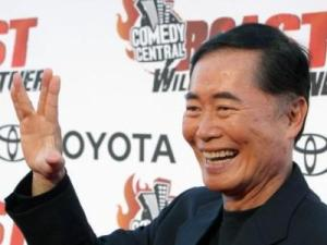 "George Takei poses for photographers on the red carpet before Comedy Central's ""Roast of William Shatner,"" Sunday, Aug. 13, 2006, in Los Angeles. (AP)"