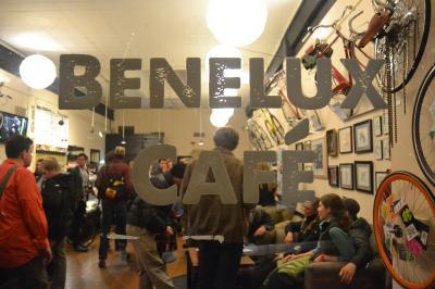 BeneluxCafe01