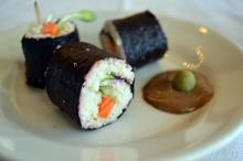 Triangle Raw Foods' veggie sushi