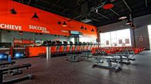IMAGES: Orangetheory weight loss challenge offers cash prize