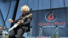 IMAGES: Rock 'n' Roll Marathon: Bands rock the course