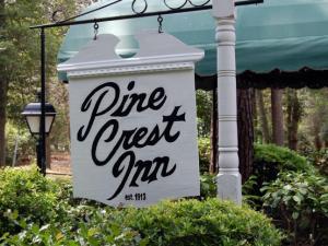 Pine Crest Inn