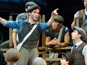Newsies (DPAC)