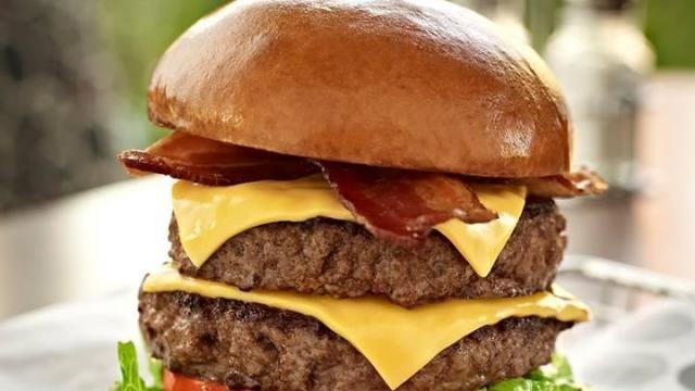 Burger 21 (Facebook)