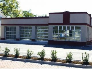 A former auto body shop on the corner of Hillsborough Street and Glenwood Avenue in Raleigh is slated to become a tavern.