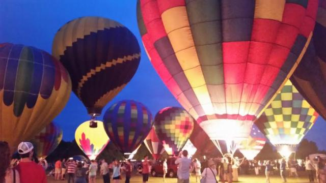 Saturday night balloon glow