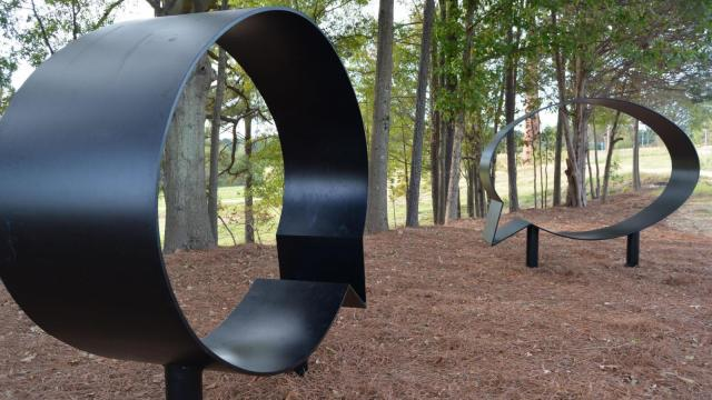 Hank Willis Thomas' Ernest and Ruth sculptures at the NCMA Park.