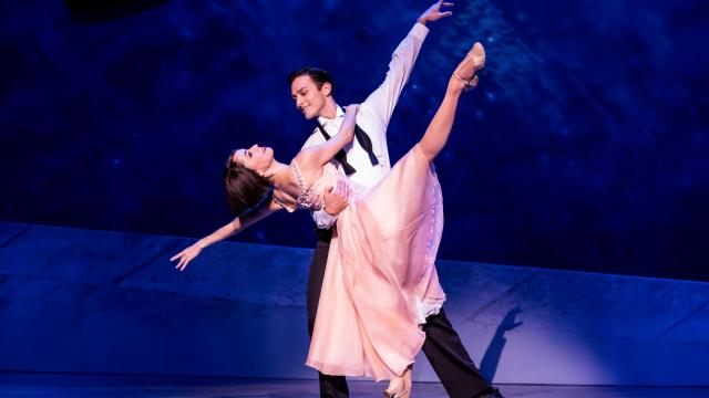 Garen Scribner and Sara Esty in An American in Paris. Photo by Matthew Murphy.