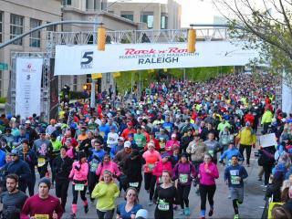 Rock 'n' Roll marathon start line