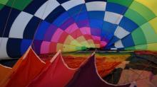 IMAGES: Winds keep balloons grounded on Day 1