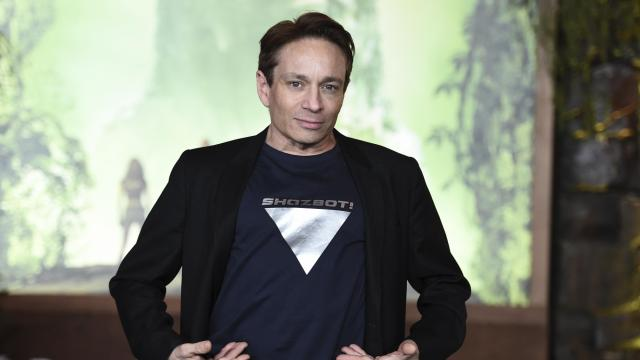 "Chris Kattan arrives at the Los Angeles premiere of ""Jumanji: Welcome to the Jungle"" on Monday, Dec. 11, 2017 in Hollywood, Calif. (Photo by Jordan Strauss/Invision/AP)"