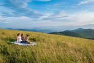 IMAGES: Mountain road trip ideas: Waterfalls and mountain picnics