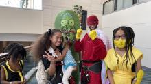 IMAGES: At GalaxyCon, masks remain optional while thousands gather