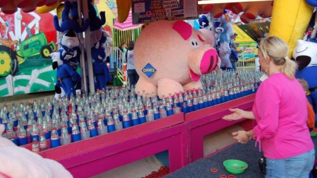 Traditional State Fair games are always a crowd pleaser.