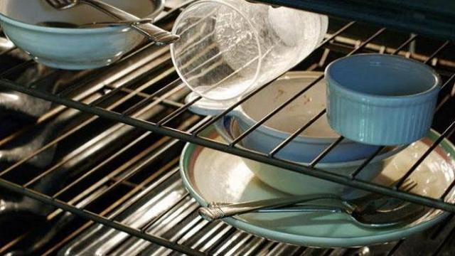 Pella - Spotlight - Overflow dishes stashed in the oven