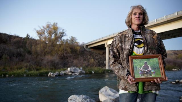 "Lillie Kaster poses for a portrait with a picture of her son, Roger Vulgamore, on Thursday, Nov. 3, 2016, at the location where his ashes will be scattered in Buhl. Kaster says she had to fight with the hospital to respect her son's wishes of being an organ donor because his death was part of an active police investigation. ""It's the ultimate gift you can give, so why isn't more being done?"" Kaster asks. (Deseret Photo)"