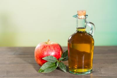 Swoosh some apple cider vinegar in your mouth daily, and you could easily reap the rewards of weight loss and more. Really! (Deseret Photo)