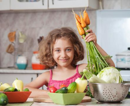 With so many diets and trends, it's hard to stick to your healthy-eating resolution. However, following these tips can help make eating healthy both fun and easy. (Deseret Photo)