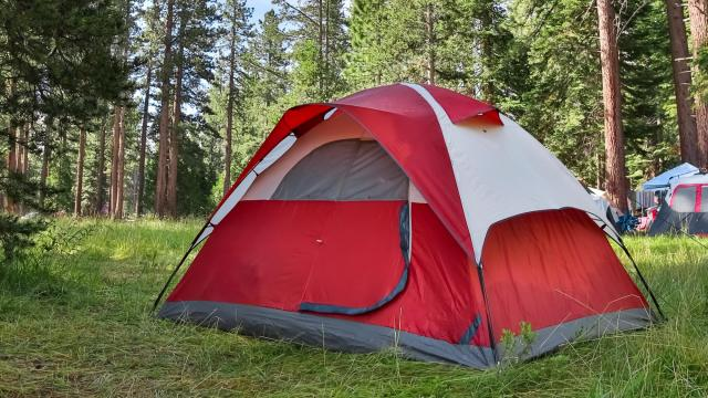 Don't throw your eating habits out the door when planning a camping trip. There are a lot of nutritious meals and snacks that can help make your vacation enjoyable and healthy. (Deseret Photo)