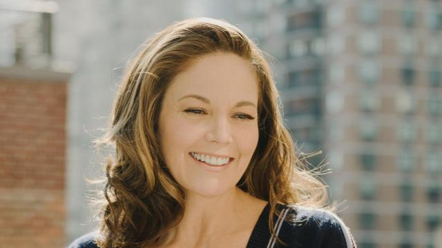 """The actress Diane Lane, in New York, Sept. 16, 2018. Lane is no stranger to the makeup chair, but says she's come to avoid the """"A"""" word — anti-aging. """"I just remove myself from those associations,"""" she said. """"I'm so fed up with the marketing of fear."""" (Heather Sten/The New York Times)"""